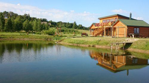 Girdžių-kaimo turizmo sodyba.