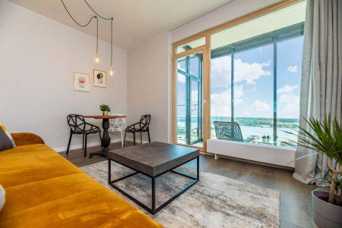 Apartamentai su vaizdais į jūrą/miesto panoramą